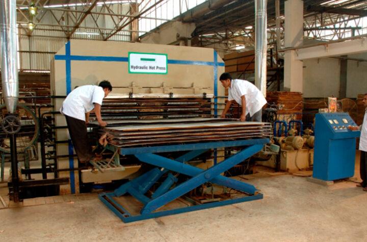 Natural Veneer Manufacturers In Mumbai